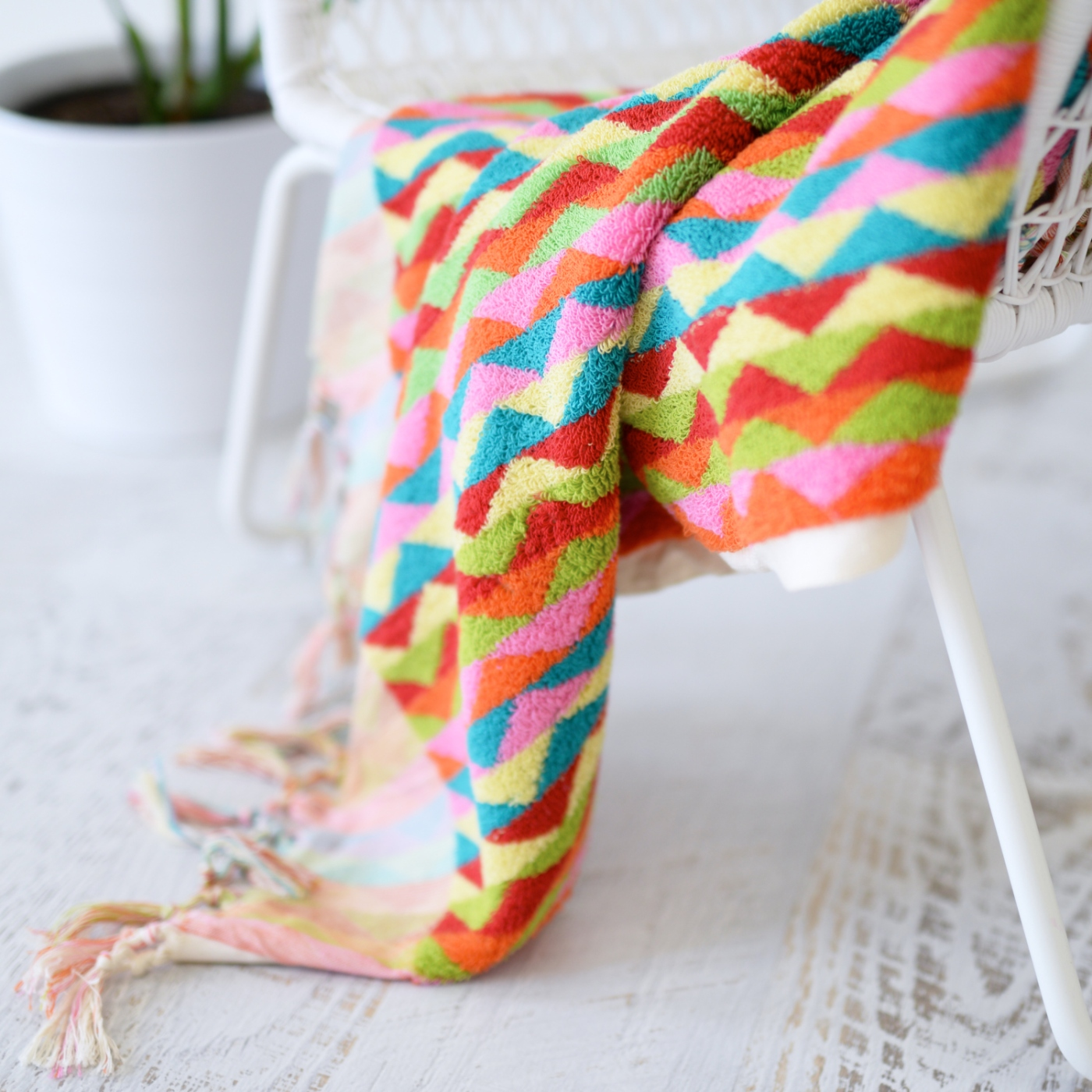 Luxurious Colourful Zig Zag Bath or Beach Towel 3